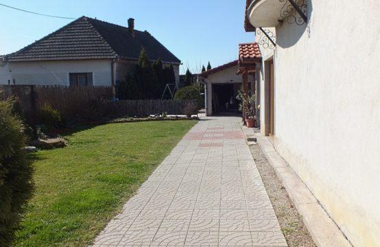 Na predaj rodinný dom v obci Vlčany