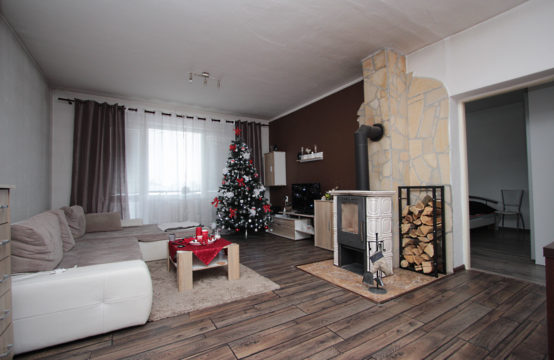 Dvojgeneračný rodinný dom v Trnovci nad Váhom